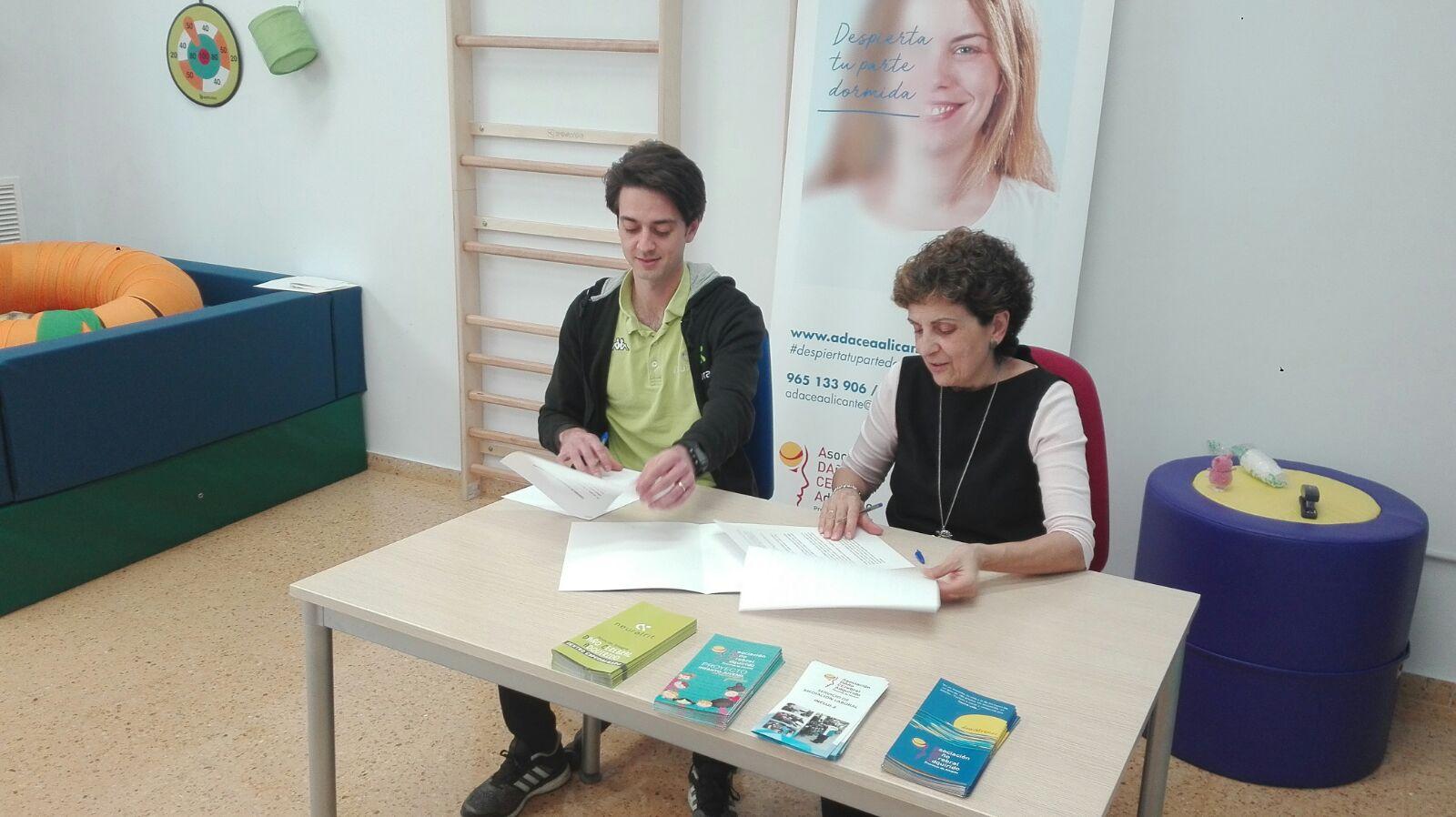 ADACEA Alicante firma convenio con Neuralfit